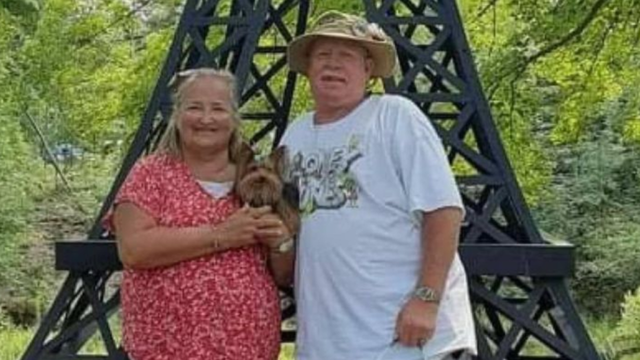 Despite being fully vaccinated, a Michigan couple on Sunday died one minute apart from coronavirus after being tested positive for the virus earlier t